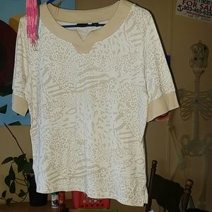 NWOT super soft beautiful tan and white top