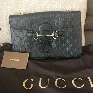 Gucci Handbags - Gucci Emily Guccissima black gold chain handbag