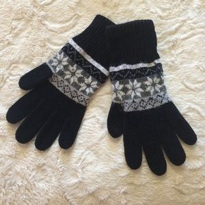 Accessories - Black & gray gloves