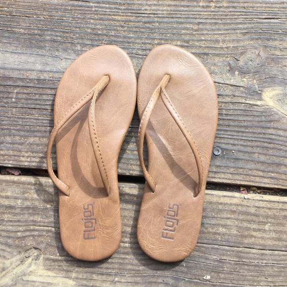 15a3df6f259ab4 Flojo s Shoes - Brand NEW Flojos flip flops