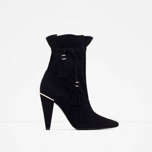 ZARA leather heel boot with tassels