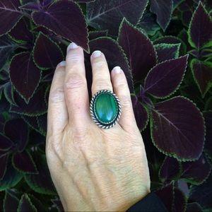Jewelry - Vintage Malachite & Sterling Ring Size 7