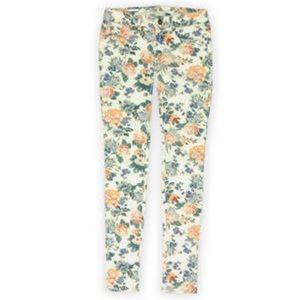 Bullhead floral skinny jeans