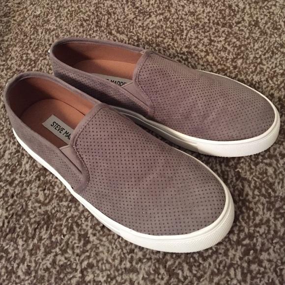 steve madden gray slip on sneakers off