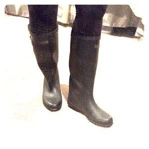Tretorn Shoes - Black Tretorn rain boots, size 8.