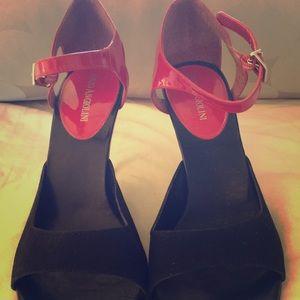 Black / Red Heels