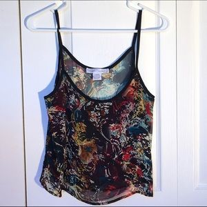 Tops - Multi-color sleeve-less crop top