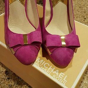 827996b9f8fd Michael Kors Shoes - Michael Kors Delphine Suede Bow Pump