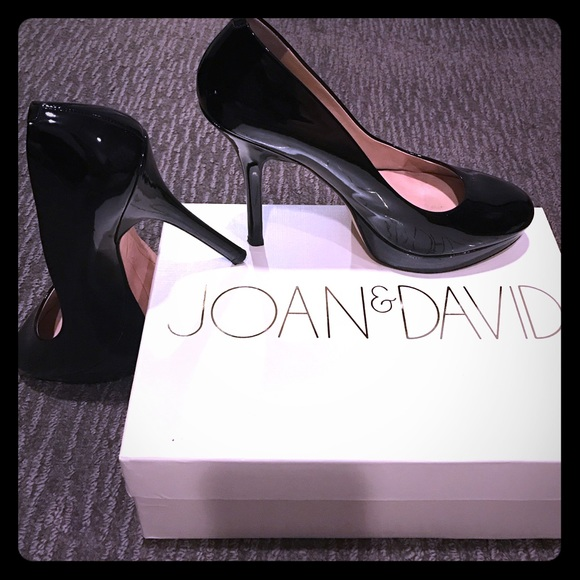 Joan & David Shoes - Joan & David place patent pumps