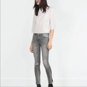 Zara Denim - Zara mid rise wripped jeans