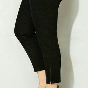 Plus size Zipper Ankle Jean (Blue) Size 18