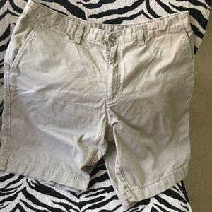 Callaway Other - Men's Callaway khaki shorts