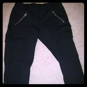 Womans black jeggings