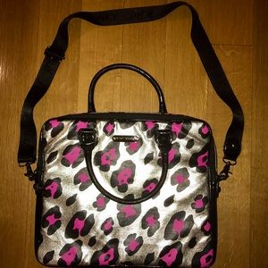 Betsey Johnson pink Leopard 15in computer bag case