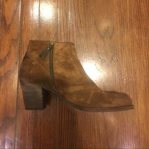 n.d.c. Shoes - Em R Softy Ankle Bootie