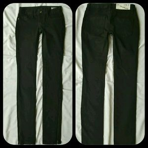 Blank NYC Black Skinny Jeans w/LONG ANKLE ZIPPERS