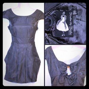 Twelve by Twelve Dresses & Skirts - 🐔TWELVE BY TWELVE  gray satin dress