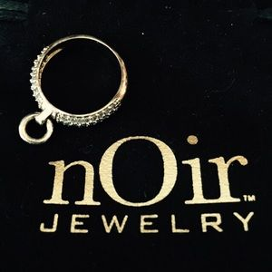 nOir Jewelry Jewelry - 💥🆕Noir pave knocker ring