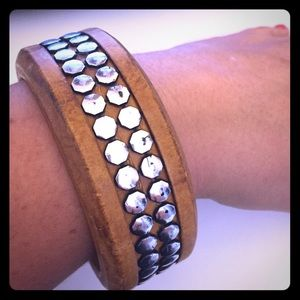 Jewelry - Wood and silver bracelet