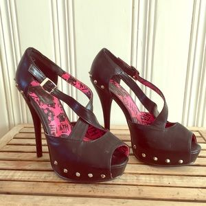 Black studded strappy pumps