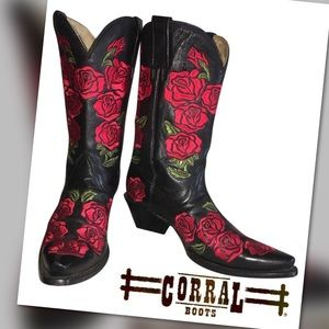 Corral Cowgirl Boots Black Red Roses