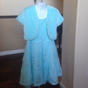 Other - Young Ladies Formal Gown