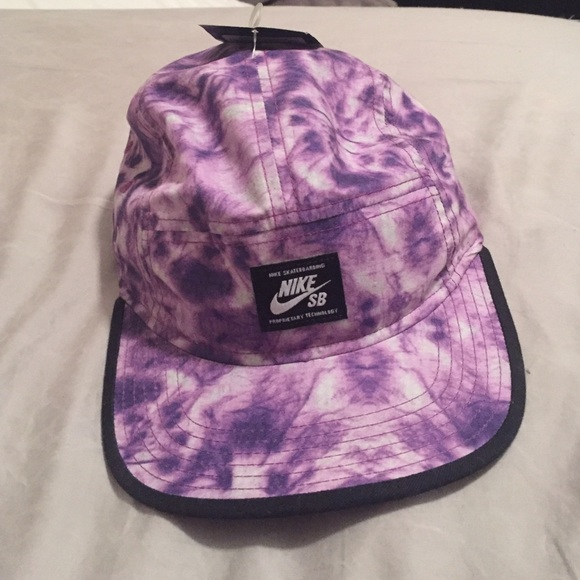 Nike Accessories Nwt Sb Purple Tie Dye 5 Panel Hat
