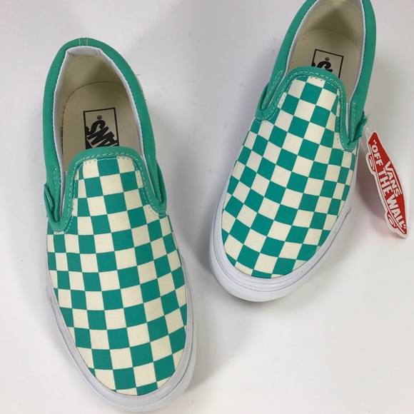 7980ee5443d  Vans  Green Checkerboard Slip On Sneakers 7 New NWT