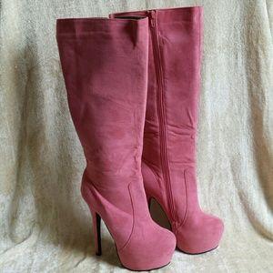 Ami Shoes - FINAL DROP!!   Salmon/coral boots, sz 7
