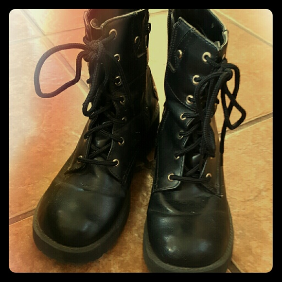74% off No Boundaries Shoes - Black lace up/zipper combat boots ...