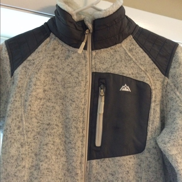 63% off snozu Jackets &amp Blazers - Super soft fleece jacket by