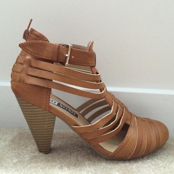 a0bddc08a8c5 Gladiator Closed Toe Chunky Heel Sandal. M 57fbff3c2ba50a610e000a24
