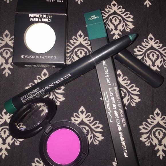 Mac Cosmetics Makeup Mac Colorful Blush And Eye Shadow Combo