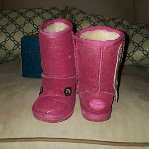 Emu Other - Very trendy sparkle Fairy snow boots