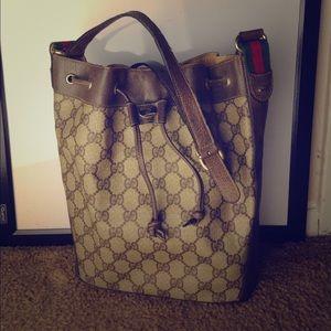 AUTH vintage Gucci bucket bag