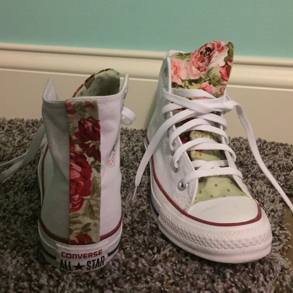 68e222f01ae2 Converse Shoes - High top Converse - with floral tongue