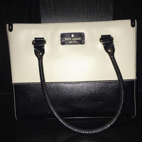 7a41670f82089b kate spade Bags | Black White Color Block Purse | Poshmark