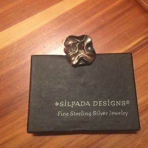 Silpada oxidized blooming flower ring