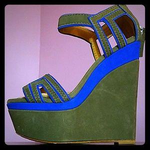 L.A.M.B. Shoes - L.A.M.B/ NEW PRICE / 1 HOUR ONLY HURRY