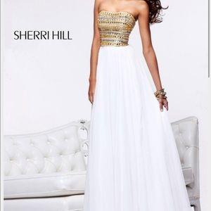 Sherri Hill Dresses & Skirts - Beautiful Sherri Hill formal dress