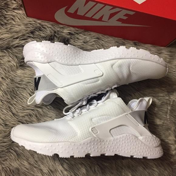 competitive price 3c65f 6f353 🔥SALE🔥 Nike Air Huarache Run Ultra