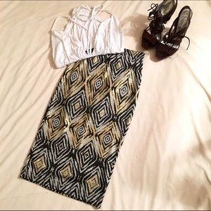 Boohoo Dresses & Skirts - NWT BOOHOO 💋 AZTEC PRINT MIDI SKIRT