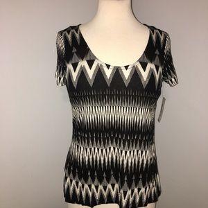 🆕NWT Ana Geometric Print Top Black White Shirt