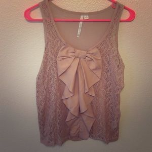Lace bow sleeveless top