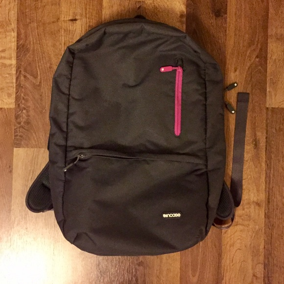 buy online 835e2 ce4ab Incase Nylon compact backpack fit 17