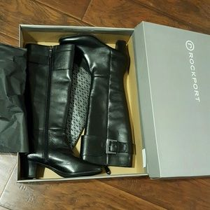 Brand New Rockports Leather Boots size 5.5