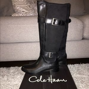 Black Leather and Suede Winter boots