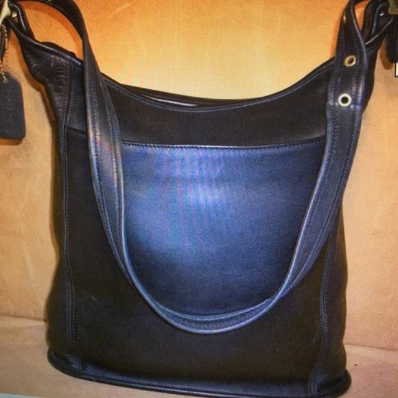 830d77a0a2ca Coach Handbags - Vintage COACH Black Leather Shoulder Bag