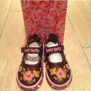 Lelli Kelly Kids Other - Lelli Kelly brown sparkle shoes - Size 7(24)