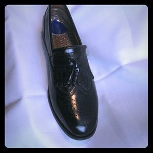 Florsheim Other - Florsheim black shoes size 7.5D